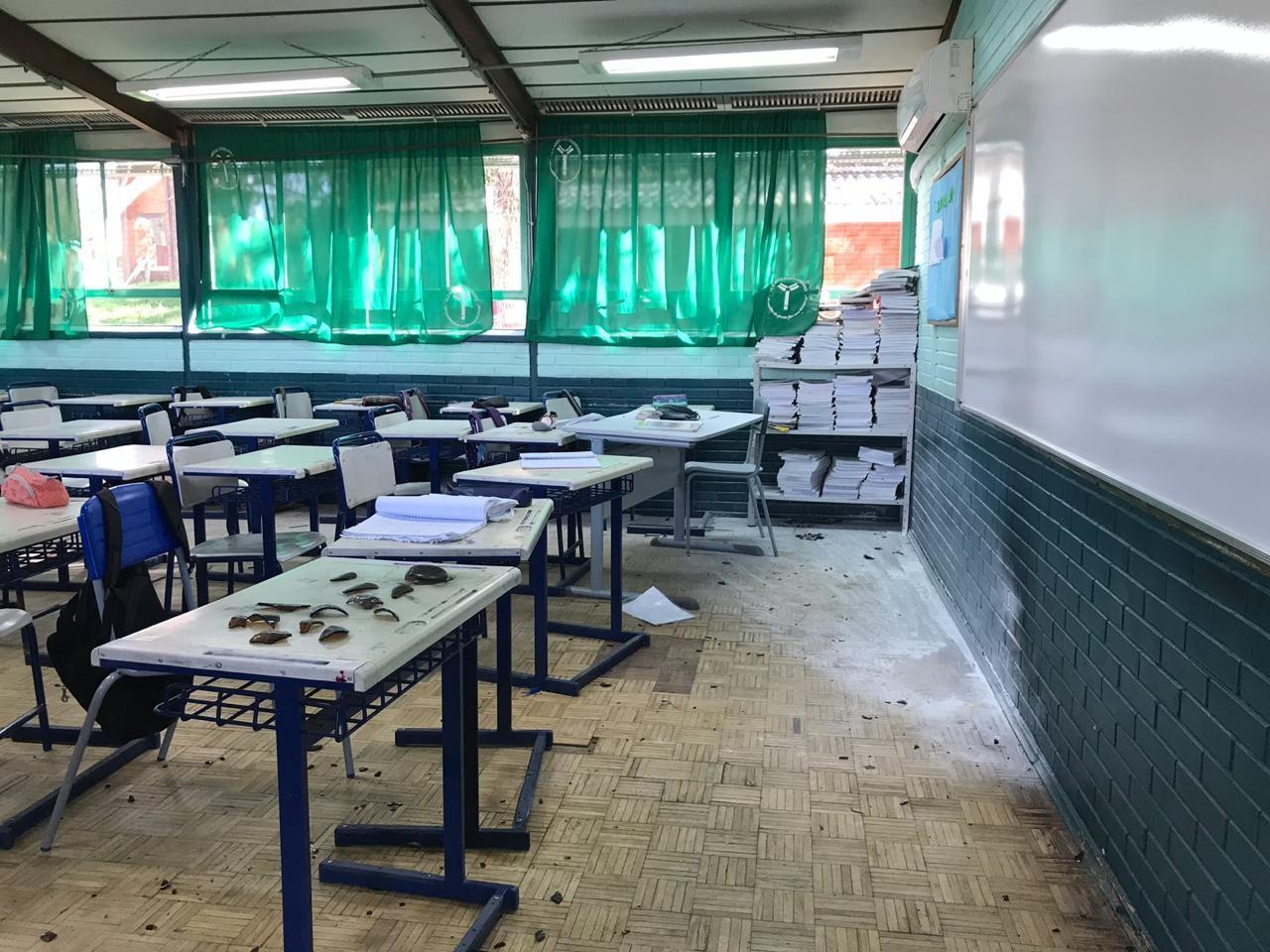 'Fiquei nervoso, um monte de gente chorando, gritando', relata aluno de escola atacada em Charqueadas  - Notícias - Plantão Diário