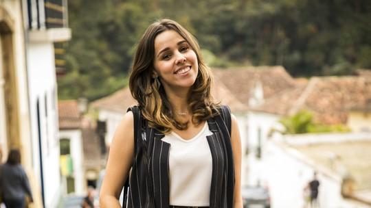 Thati Lopes celebra sucesso e comenta relação com fãs: 'Amiga de vários'