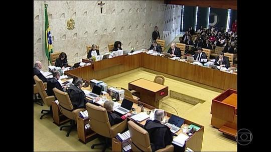 Sem quórum, Câmara adia leitura de denúncia contra Temer