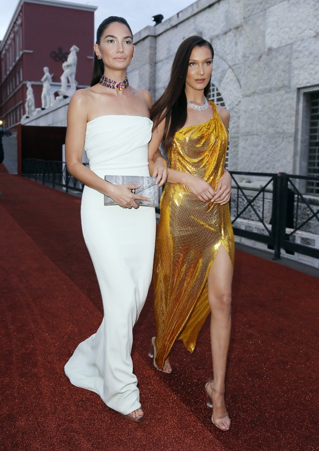 Lily Aldridge e Bella Hadid (Foto: Getty Images)