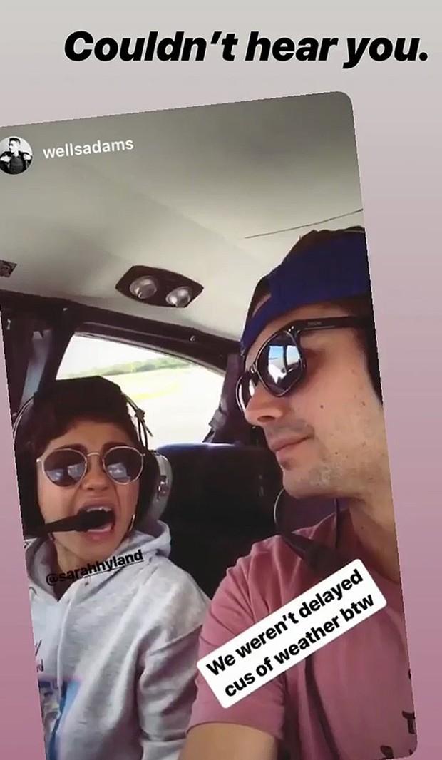 Sarah Hyland e Wells Adams (Foto: Instagram)