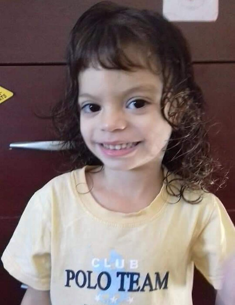 Giovana Mendes, de 4 anos, teve uma parada cardiorrespiratória e não resistiu Ourinhos — Foto: Arquivo Pessoal