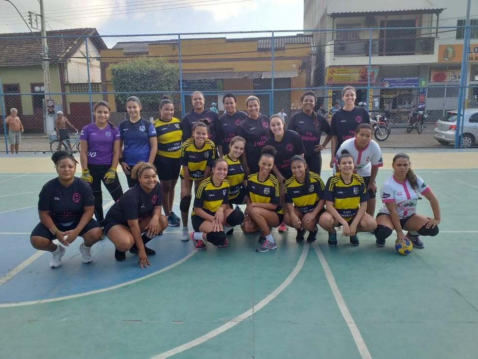 Esporte na cidade estava parado há anos e é liderada pela estudante de Educação Física Milena Gonçalves de Lima — Foto: Divulgação/Prefeitura de Porciúncula
