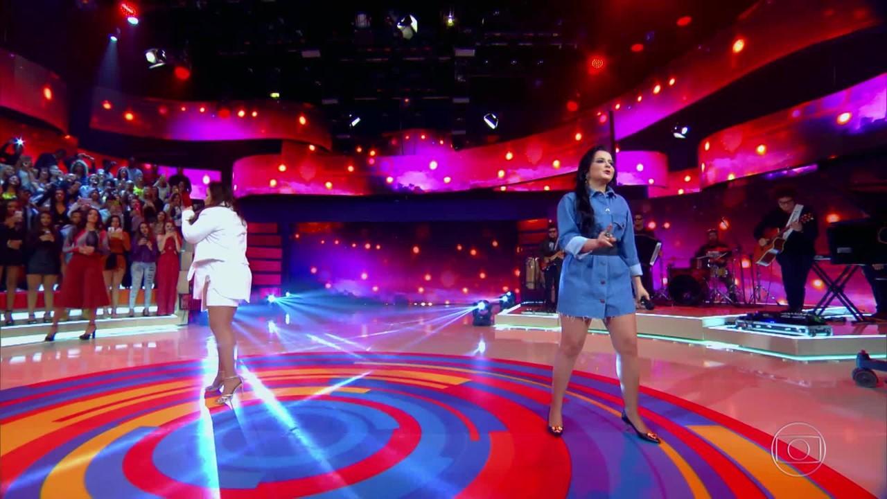 Maiara e Maraísa cantam 'Sorte Que Cê Beija Bem'