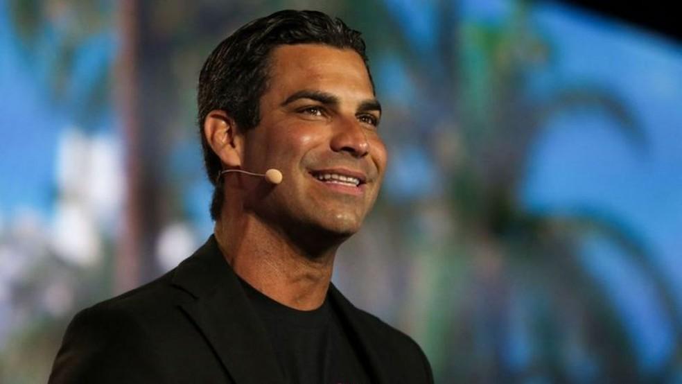 Prefeito de Miami, Francis Suarez, quer transformar a cidade em um grande polo de investimento tecnológico — Foto: Getty Images/BBC