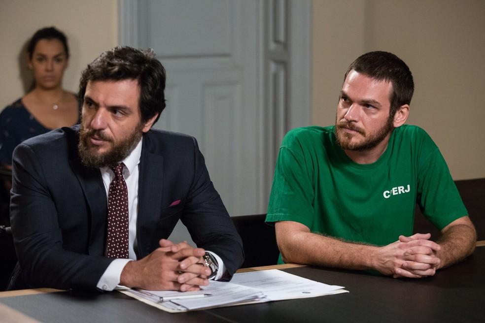 Rodrigo Lombardi e Emilio Dantas em 'A Força do Querer' — Foto: Fábio Rocha/Gshow