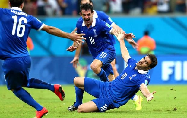 Sokratis Papastathopoulos gol jogo Costa Rica x Grécia (Foto: Getty Images)