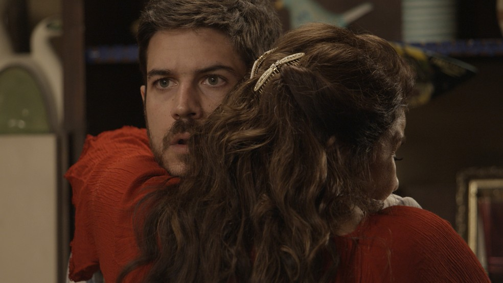 Como será que Zeca vai reagir? (Foto: TV Globo)