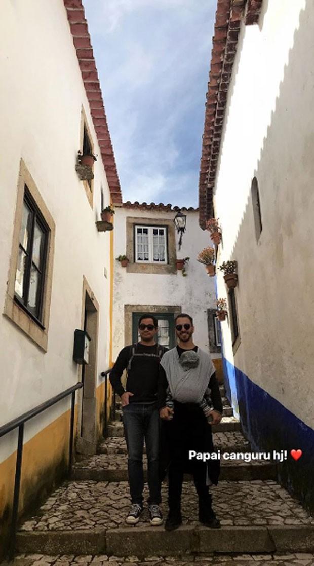 Junior Lima com Otto e um amigo (Foto: Reprodução)