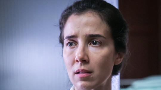 Marjorie Estiano reflete sobre Carolina se autoflagelar em 'Sob Pressão': 'Não se vitimiza'