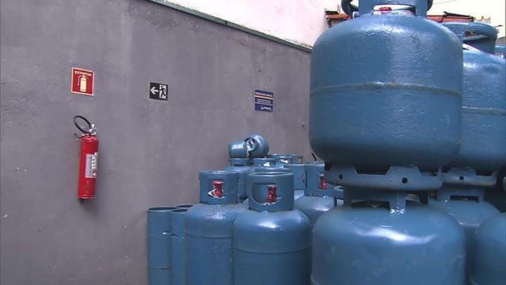 Preço do botijão vai cair 5% nas refinarias (Foto: globonews)