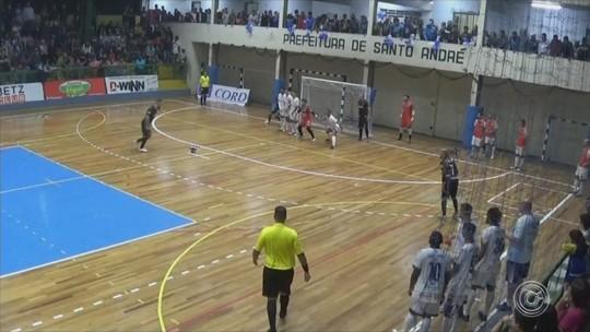 Sorocaba vence o Santo André e fica perto da semi do Paulista de futsal