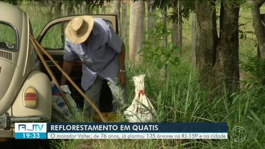 Conheça o morador de Quatis que já plantou 135 árvores
