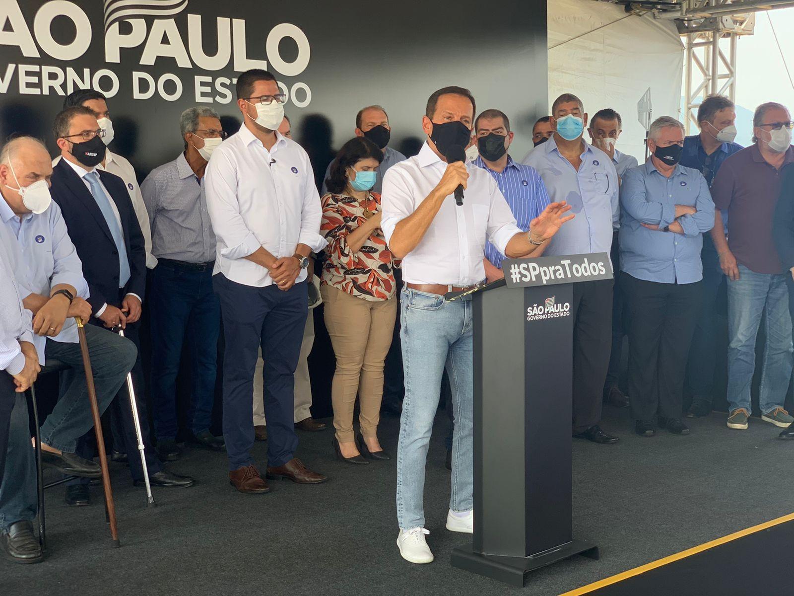 Doria anuncia retomada de obras do contorno da Rodovia dos Tamoios em Caraguatatuba