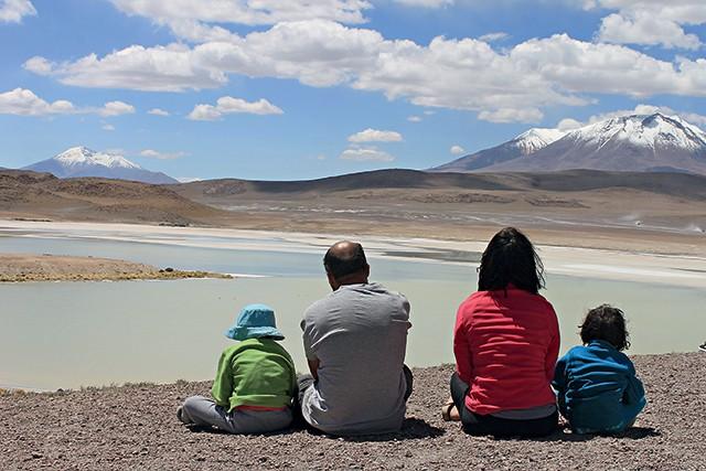 Família no Salar de Uyuni / worldschooling (Foto: Família no Salar de Uyuni / worldschooling (Foto: Arquivo pessoal))