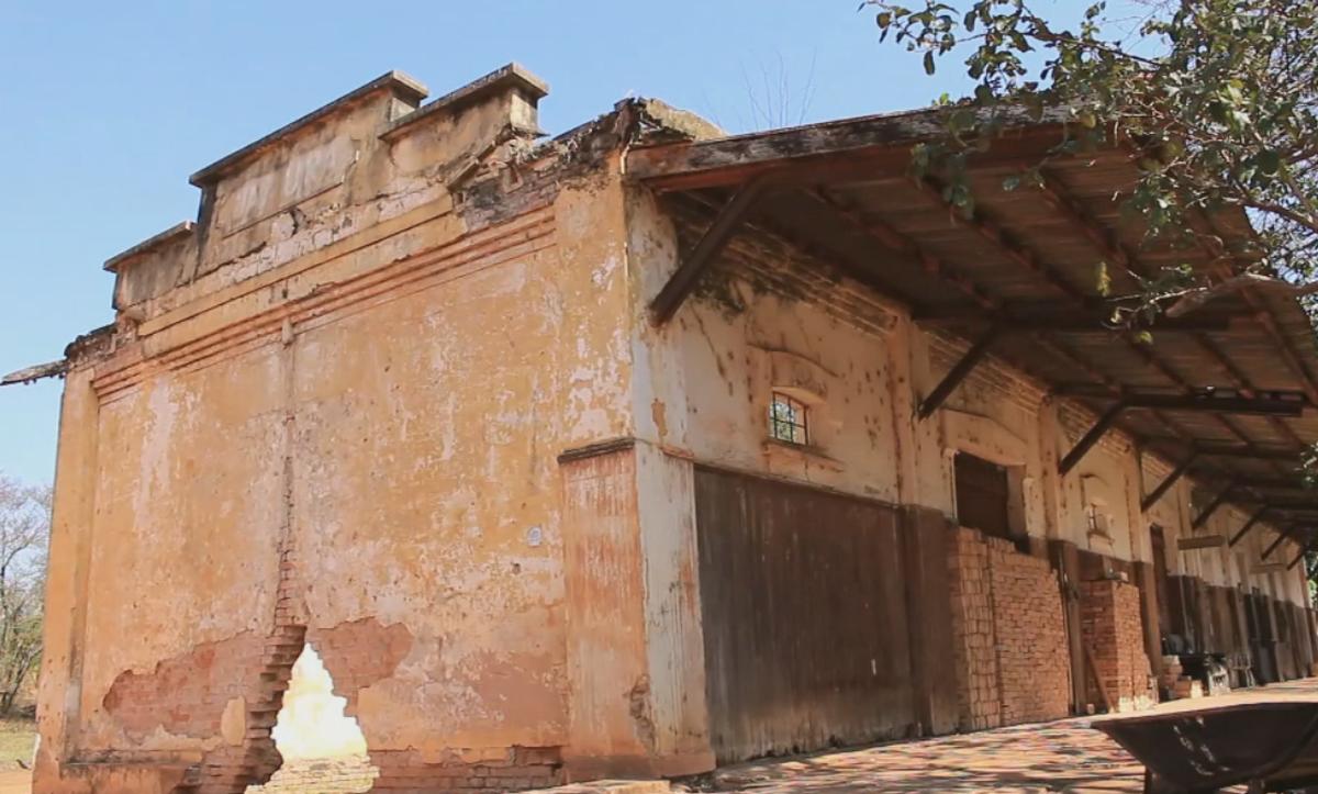 Vilarejo 'deserto' tem 11 moradores e construções antigas que sobreviveram ao tempo
