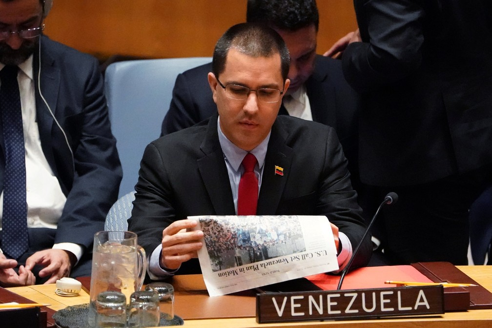 Jorge Arreaza, chanceler do governo de Nicolás Maduro, durante reunião sobre a Venezuela no Conselho de Segurança da ONU — Foto: Carlo Allegri/Reuters