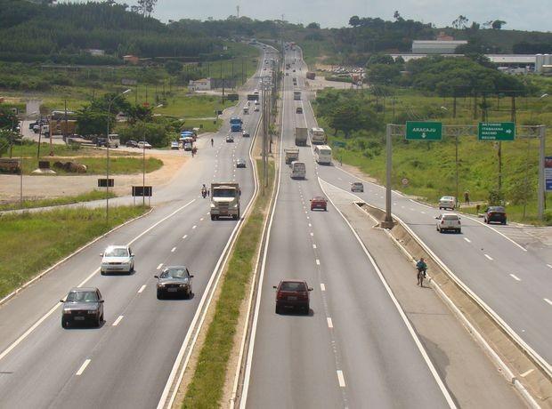 Cinco acidentes são registrados durante Operação Nossa Senhora Aparecida, diz PRF - Radio Evangelho Gospel