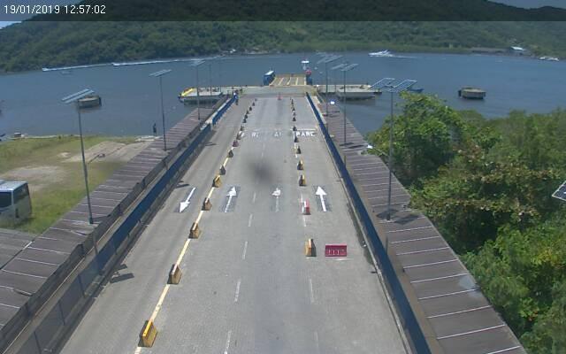 Falha em balsa paralisa a travessia por mais de 8h entre Guarujá e Bertioga, SP - Noticias