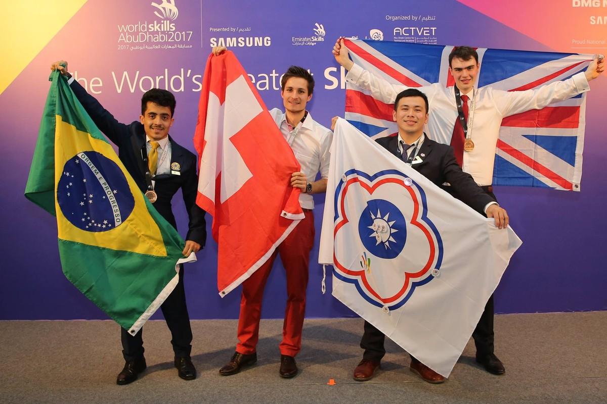 Estudante do DF conquista 3º lugar em mundial de profissões nos Emirados Árabes