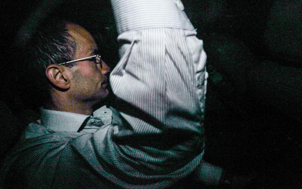 Marcelo Odebrecht chega à sua casa no Morumbi, em São Paulo (Foto: Werther Santana/Estadão Conteúdo       )