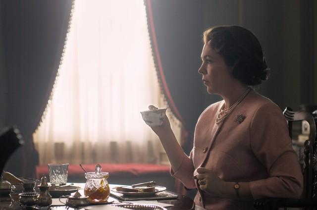 Olivia Colman como Elizabeth II na nova temporada de 'The Crown' (Foto: Divulgação / Netflix)