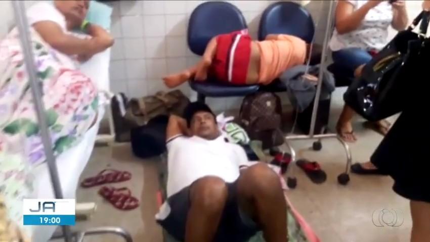 Vídeo mostra pacientes deitados em cadeiras e no chão do Hospital Geral de Palmas - Radio Evangelho Gospel
