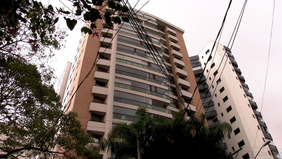 Prédio onde vivia o casal em perdizes  (Foto: Reprodução/TV Globo)