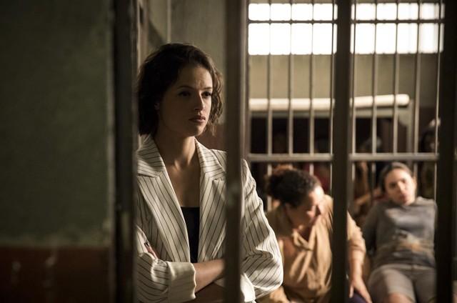 Agatha Moreira em cena como Josiane em 'A dona do pedaço' (Foto: João Cotta/TV Globo)