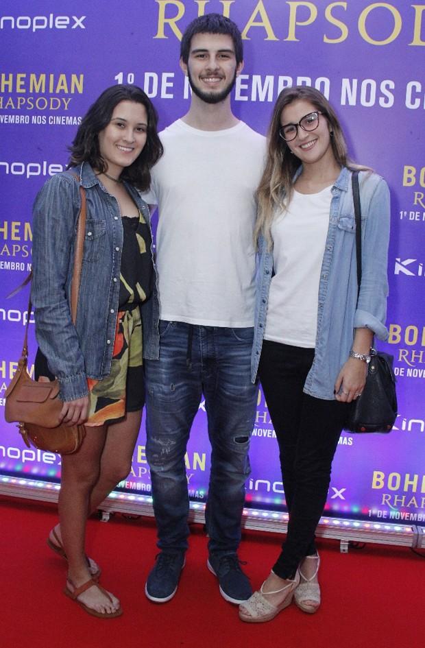 Beatriz Bonemer, Vinícius Bonemer e Thalita Martins  (Foto: Wallace Barbosa/AgNews)