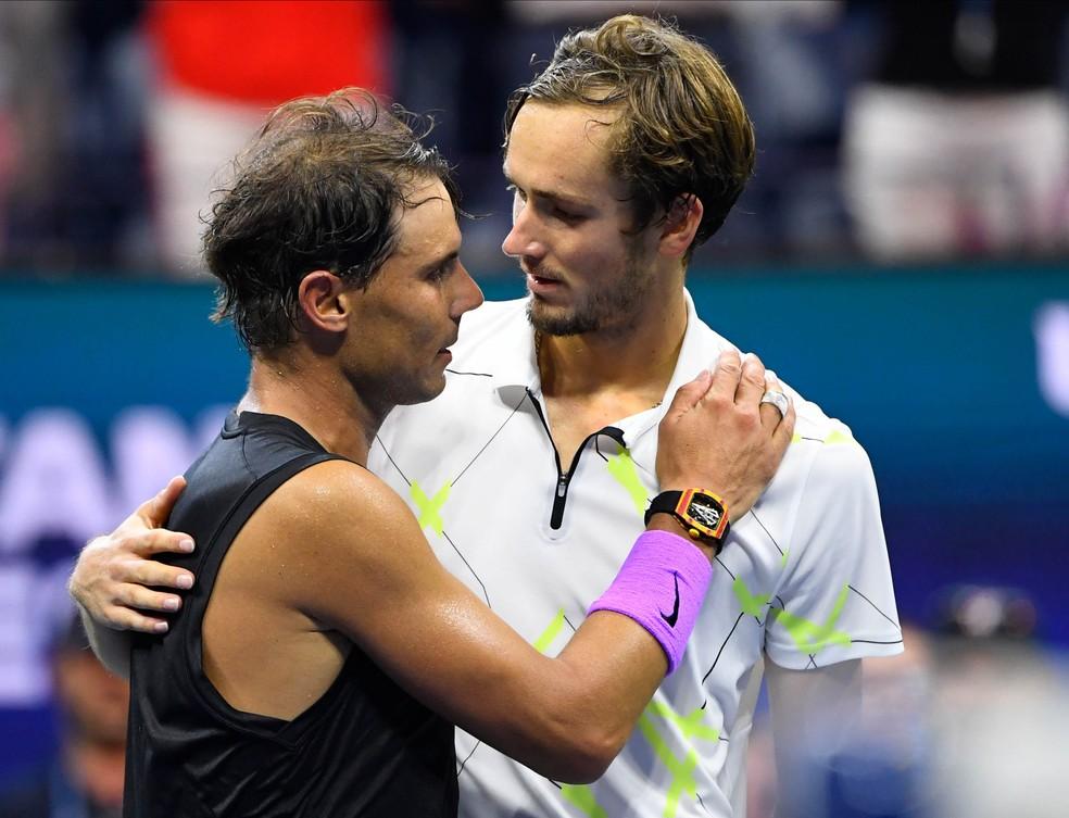 Finalistas em 2019, Nadal e Medvedev precisariam passar por testes antes de viajarem para Nova York — Foto: Reuters