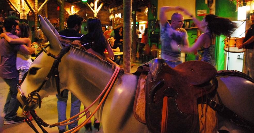 Rastapé é o lugar certo para quem quer se divertir com música nordestina (Foto: Divulgação/Rastapé)