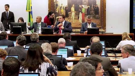 Câmara começa a debater projeto sobre a prisão em segunda instância