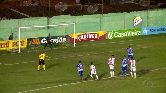 """Artilheiro do Alagoano, Alexandre vai assistir à final, mas evita dar palpite: """"Tudo pode acontecer"""""""