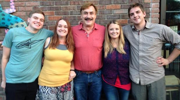 Família Mike Lindell  (Foto: Reprodução)