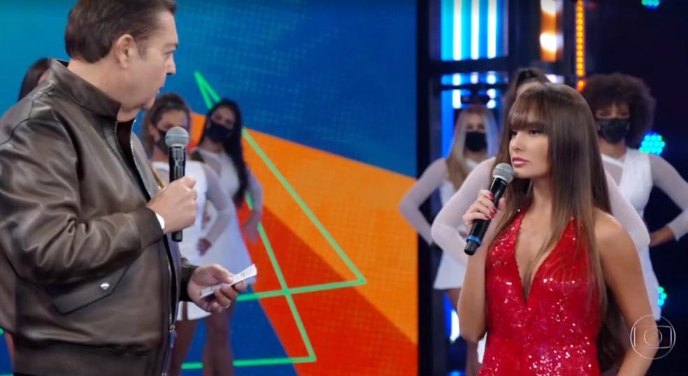 Thaís conversa com Faustão sobre sua participação no BBB 21 — Foto: Reprodução TV Globo