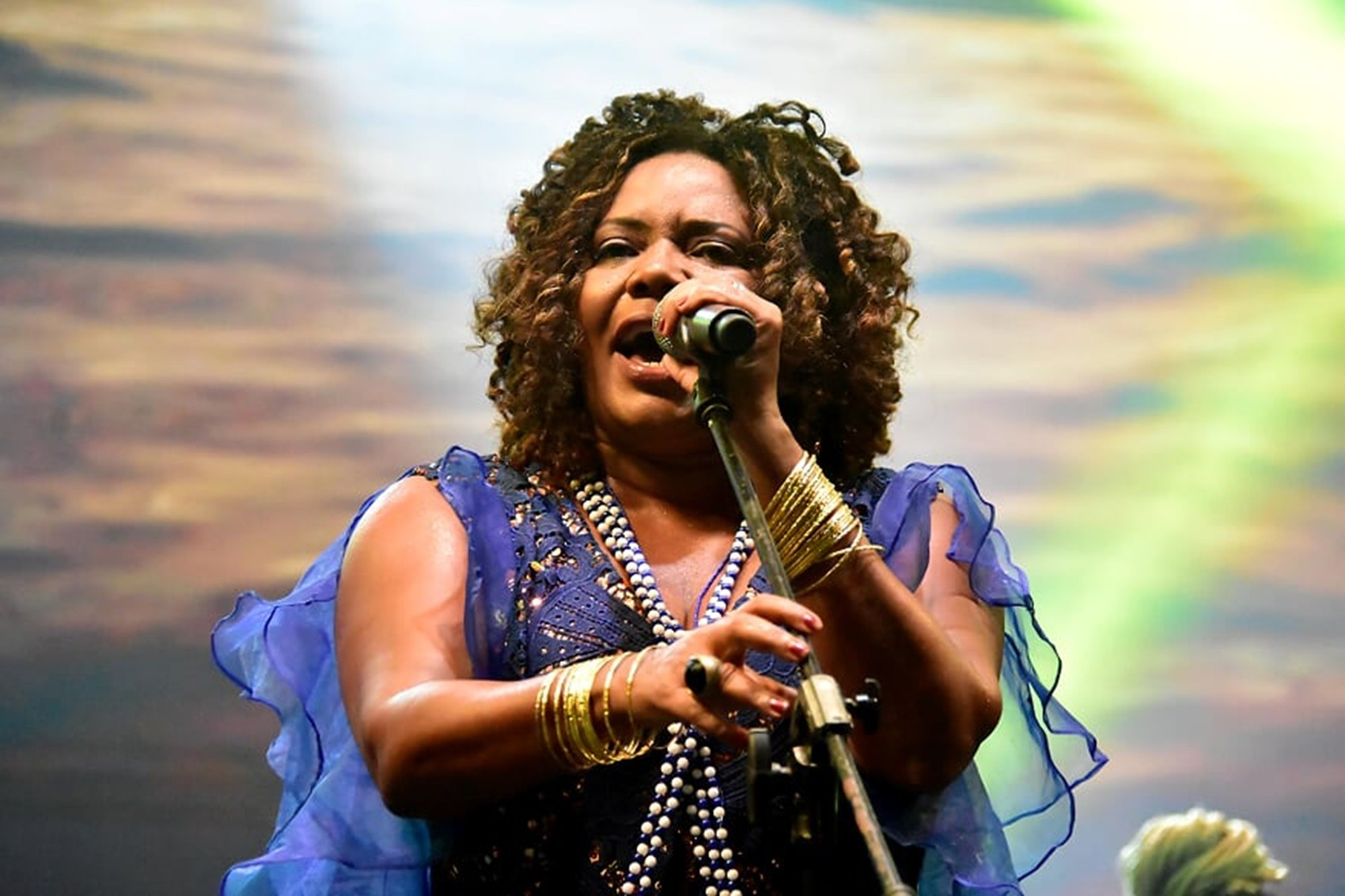 Segunda tem Margareth Menezes, Mano Walter e Trio do Reggae no carnaval de São Luís; veja programação