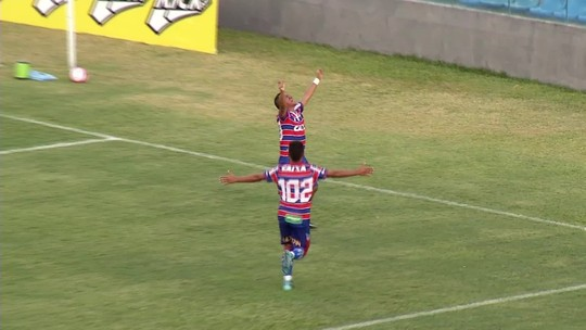 """""""Uh, terror""""! Treze anos depois, Clodoaldo reestreia pelo Fortaleza com gol aos 49"""