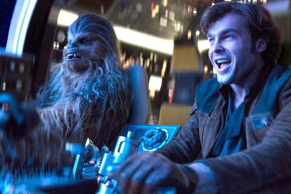 Jason Suatomo como Chewbacca em Solo: Uma História Star Wars (Foto: Divulgação)