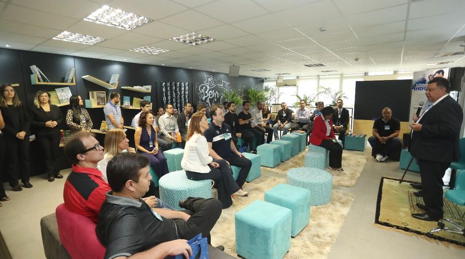 O encontro reuniu empresários para participar de um encontro sobre os benefícios e a importância da presença digital. (Foto: Divulgação)