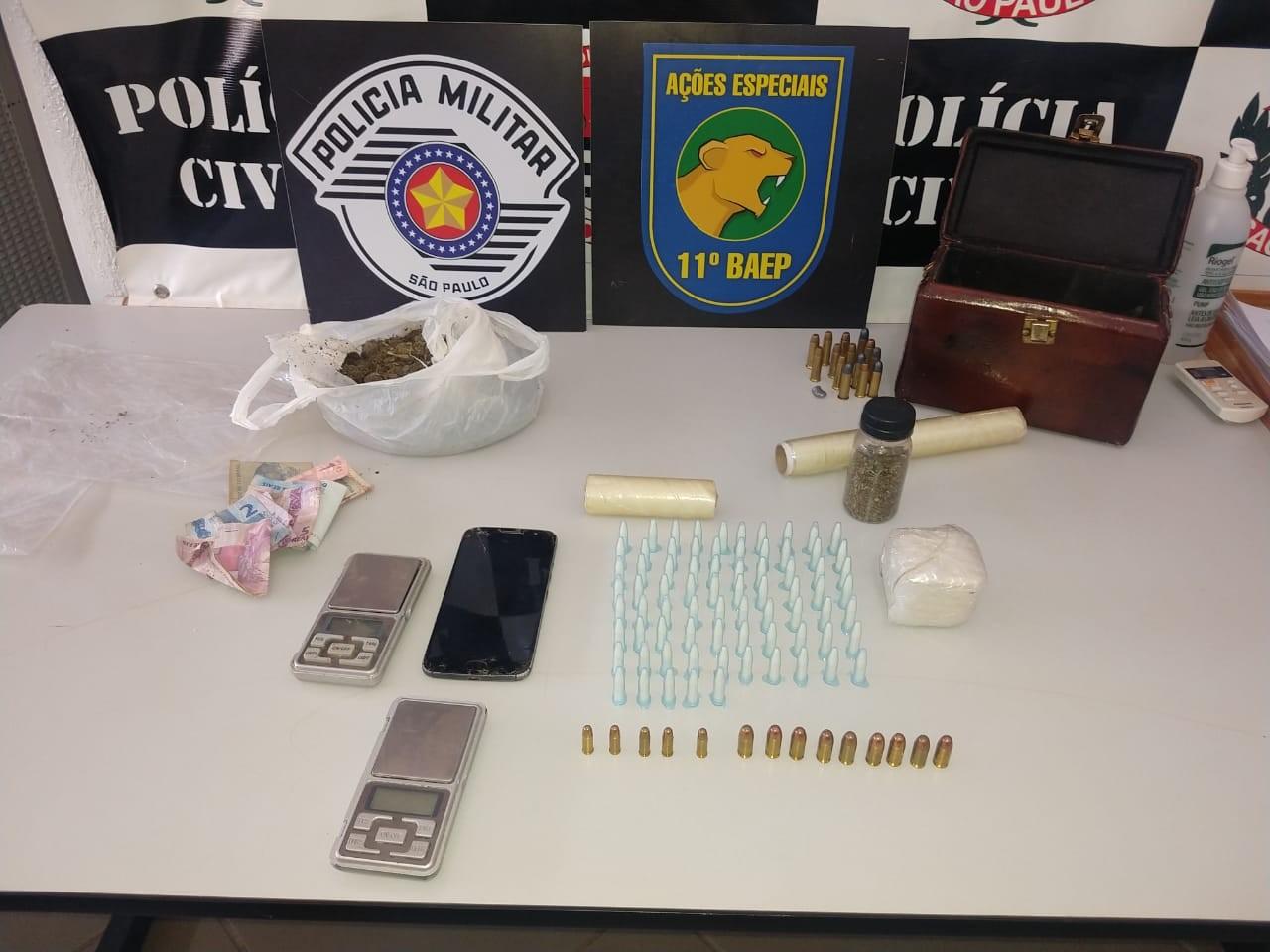 Operação contra o tráfico de drogas prende 5 pessoas em Jardinópolis, SP