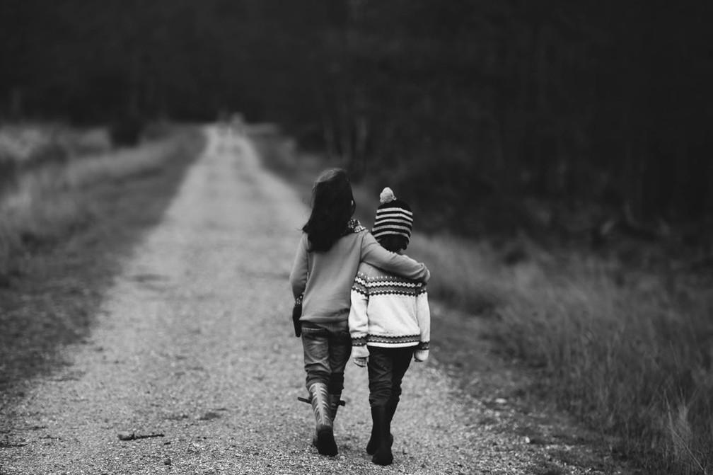 Pessoas que se sentem sozinhas com frequência têm mais empatia — Foto: Unsplash