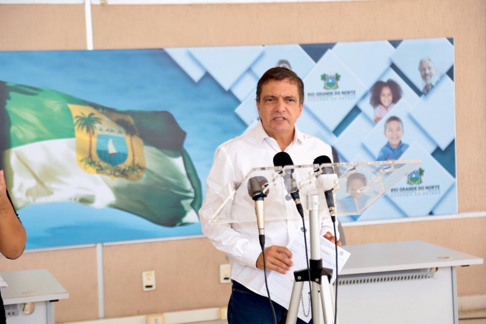 Petrônio Spinelli se mostra preocupado com o aumento do número de casos do RN — Foto: Sandro Menezes
