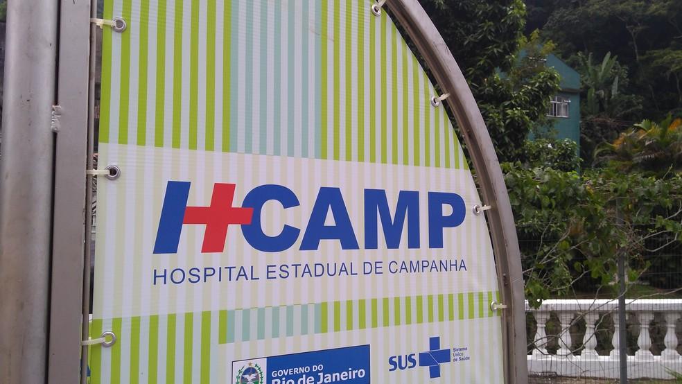 Hospital Estadual de Campanha está sendo montado ao lado da UPA, no Centro de Petrópolis, RJ (Foto: Divulgação/Ascom Petrópolis)