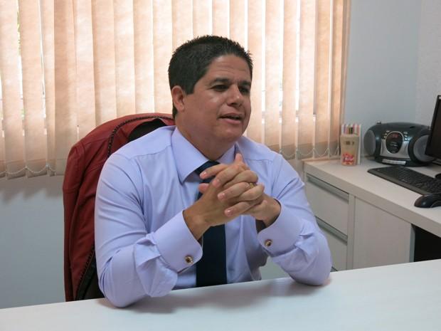 Câmara de São Vicente reprova contas do ex-prefeito Bili: 'Não foi decisão política' - Notícias - Plantão Diário