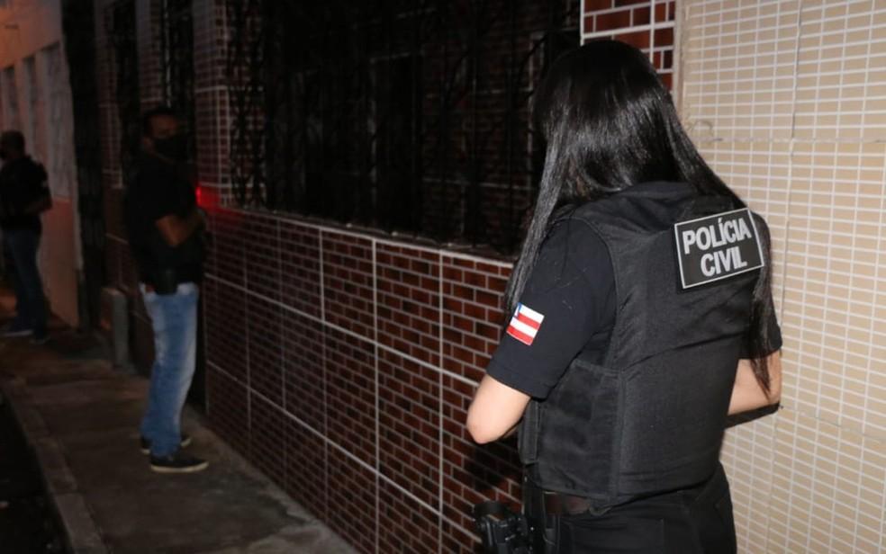 Operação na Bahia busca por foragidos suspeitos de participação em tráfico, homicídios e assaltos. — Foto: Alberto Maraux / SSP-BA