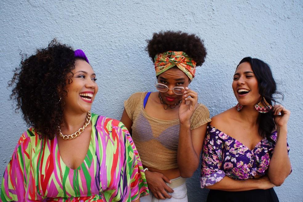 Las-Tropicanas agitam o pré-carnaval do Shopping RioMar. (Foto: Divulgação)