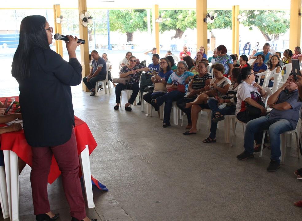 Categoria decidiu continuar a greve em uma após assembleia geral. (Foto: Divulgação/Sinte-PI)