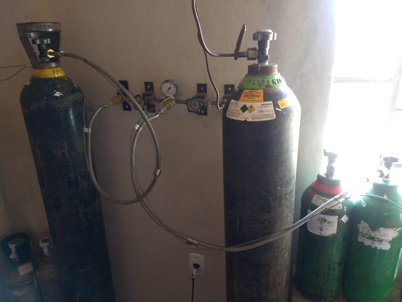 Decretadas prisões preventivas de suspeitos de vender oxigênio medicinal clandestino em Santa Maria  - Notícias - Plantão Diário