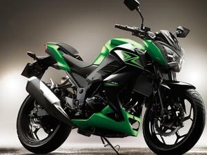 Kawasaki Z300 (Foto: Divulgação)